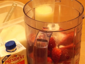 Strawberry Milk Shake Ingredients1 - Indian Curry Shack